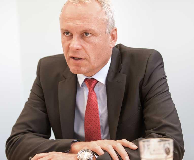 Mathias Raulf, Vertriebs-beauftragter Nord bei der Amada GmbH.