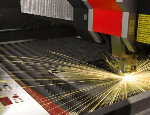 AMADA ENSIS-3015AJ: Laserschneiden in neuer Dimension