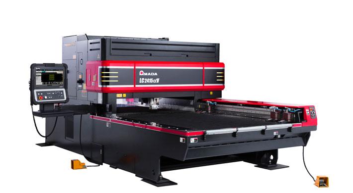 Durchgehend automatisierbar: die LC-2415 ALPHA V Laserschneidanlage.