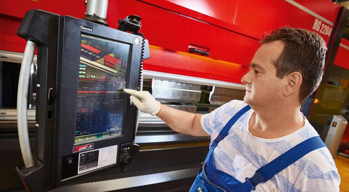 Jedes einmal programmierte Bauteil lässt sich auf Knopfdruck jederzeit wieder in höchster Präzision fertigen.