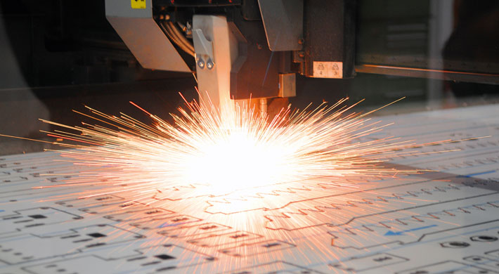 Laserschneiden und Biegen: Die Auslastung ist mit den neuen AMADA Anlagen spürbar gewachsen.